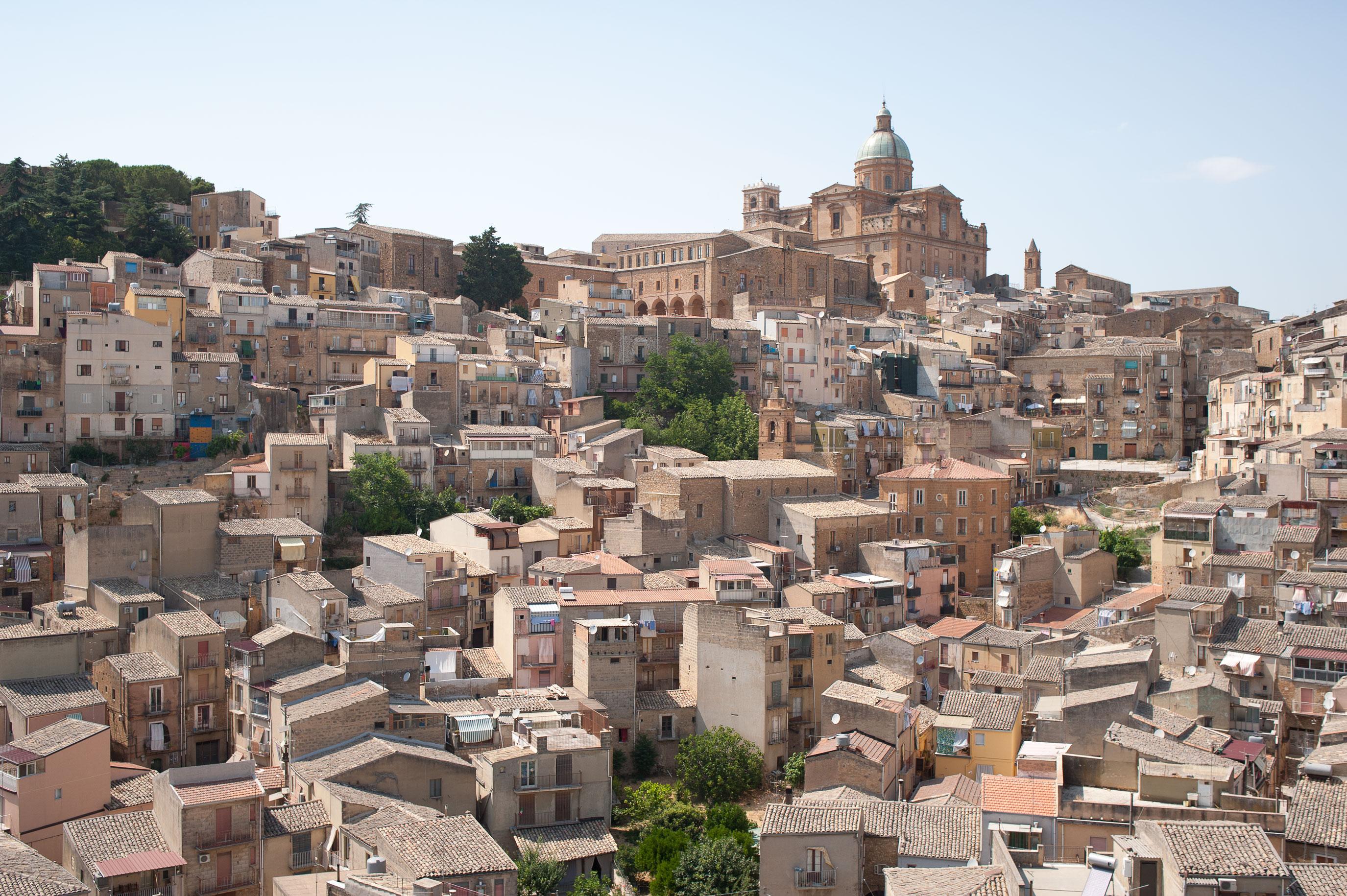 13_Sicily_Piazza_Armerina_Town_3451